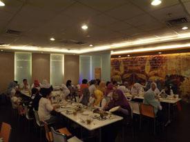 Makan siang menu seafood