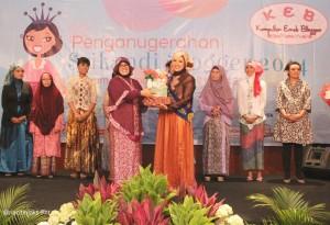 Meti Mediya - Srikandi Blogger Persahabatan 2014 - KEB