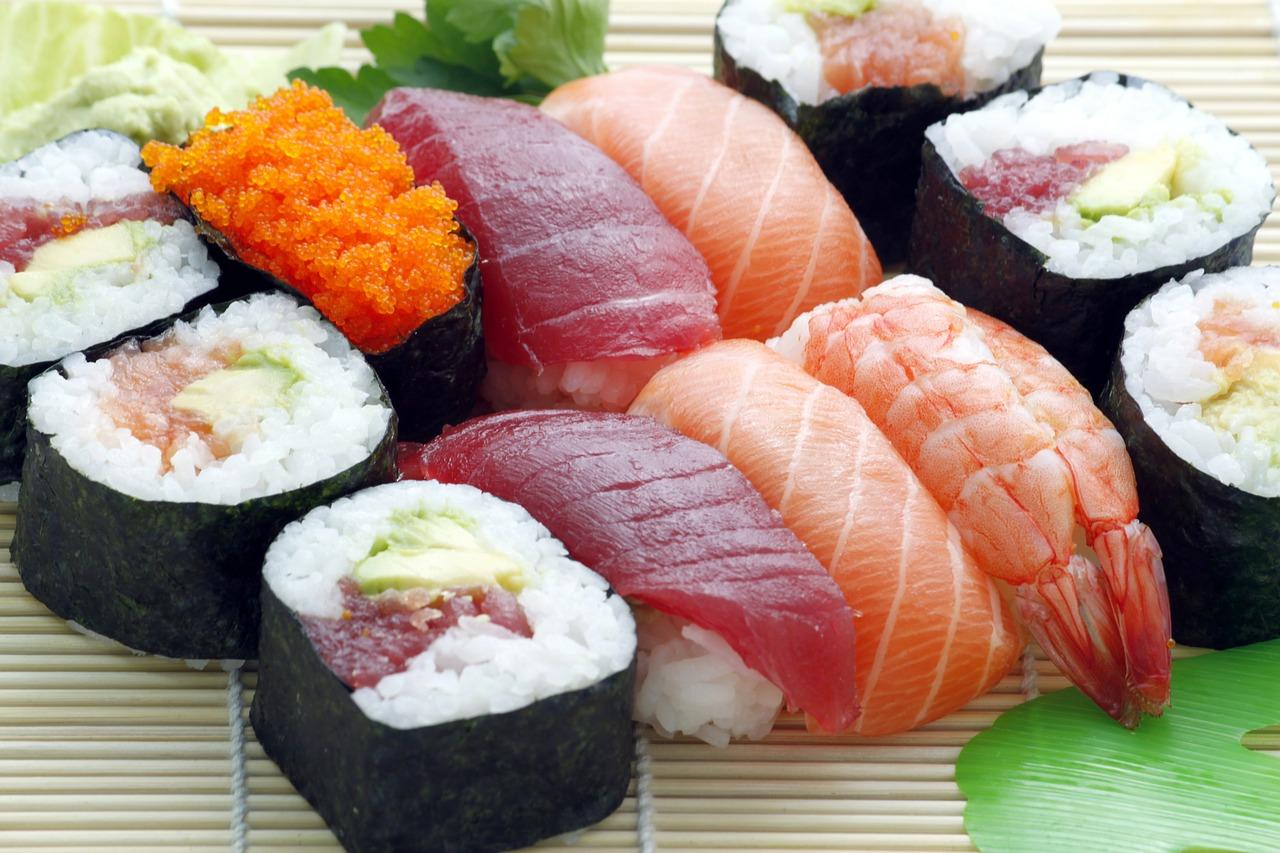 sushi-354628_1280