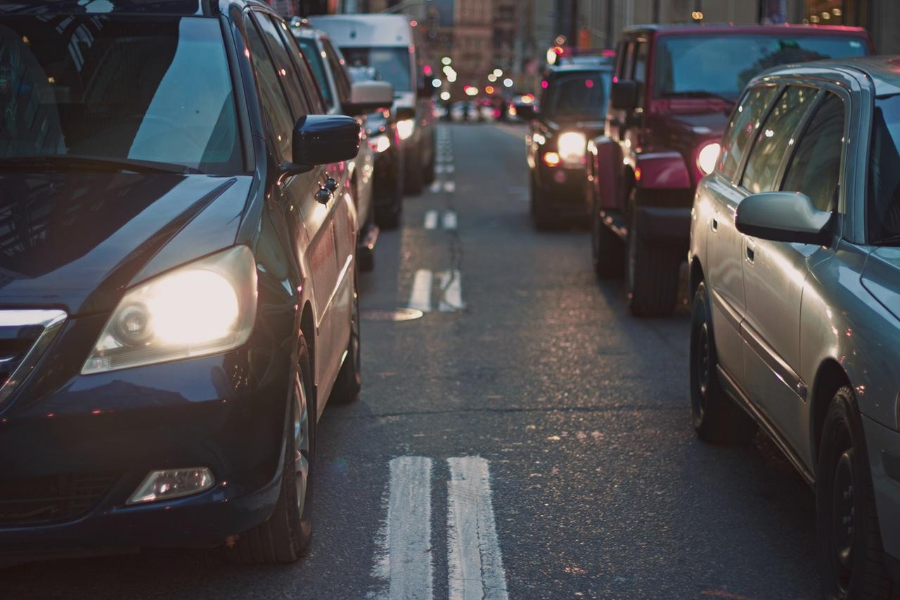 Cara Asyik Menikmati Kemacetan Lalu Lintas