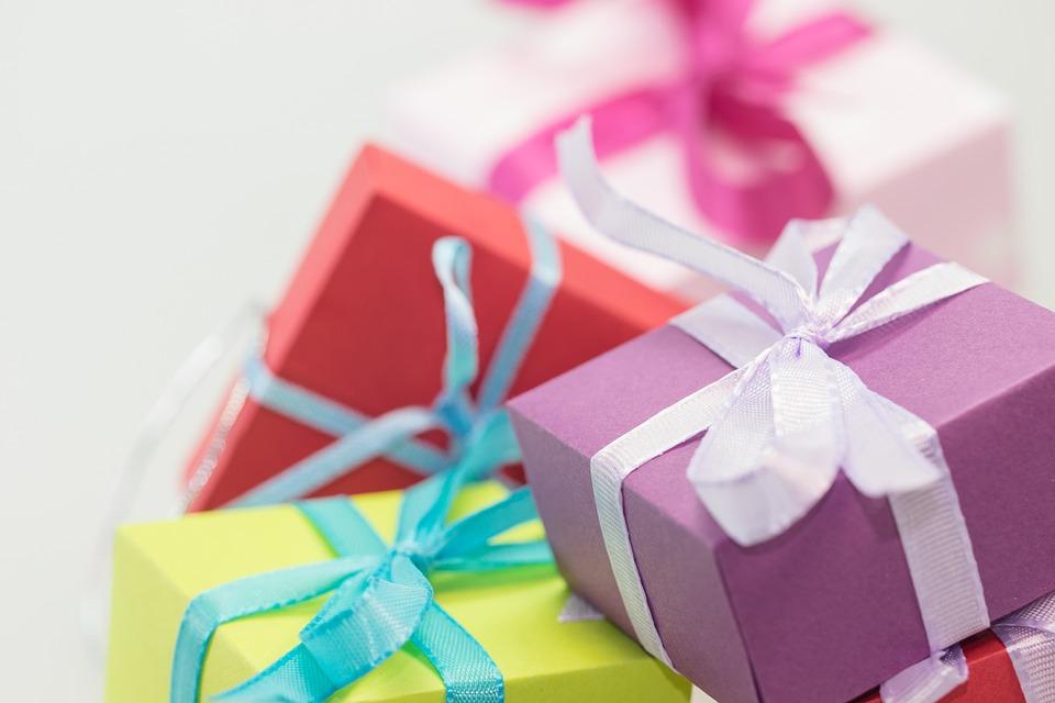 7 Ide Hadiah Ulang Tahun Ke-17 untuk Si Remaja
