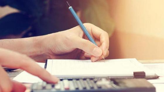 9 Tip Manajemen Keuangan Keluarga Supaya Nggak Bingung Lagi di Tengah Bulan