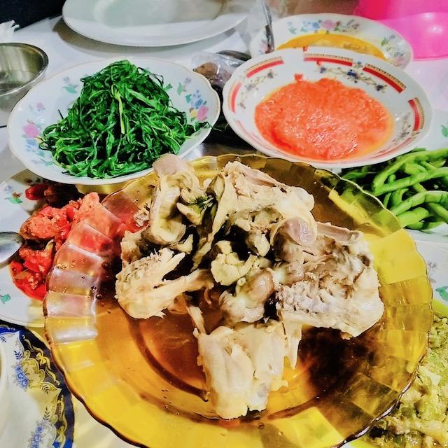 Jalan-jalan ke Sumatera Barat, Makan Apa yang Enak? - Ayam Pop