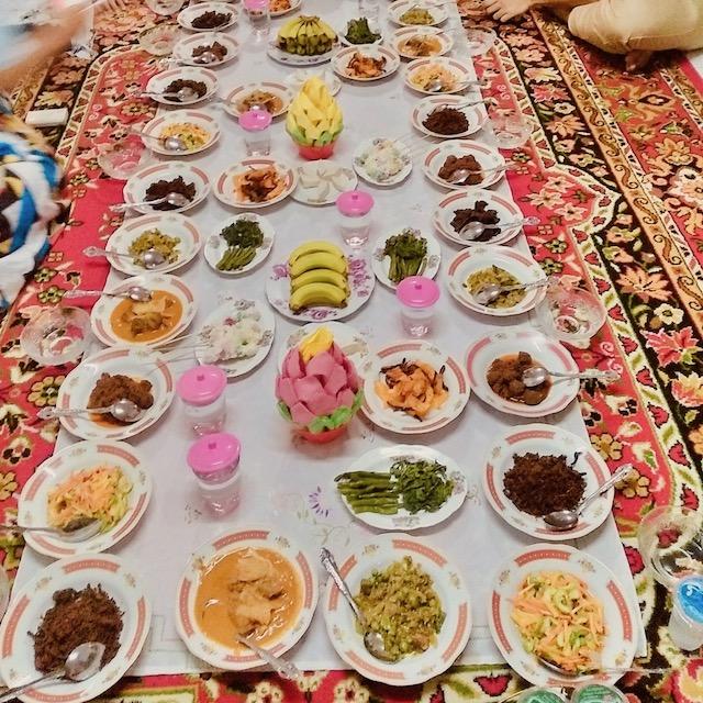 Jalan-jalan ke Sumatera Barat, Makan Apa yang Enak?