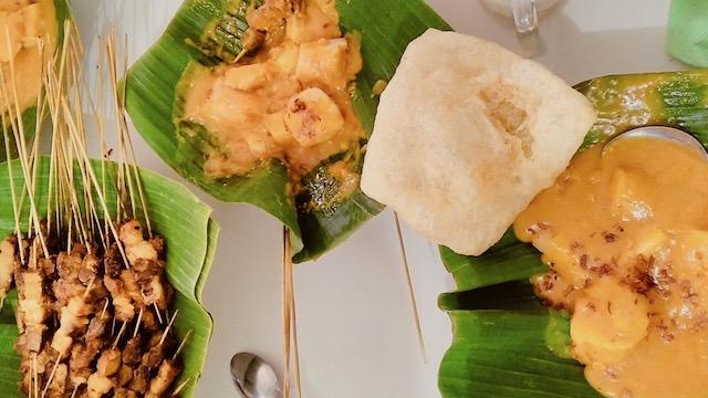 Jalan-jalan ke Sumatera Barat, Makan Apa yang Enak? - Sate Padang