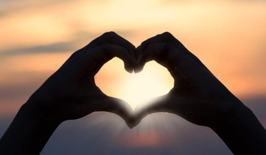 Lagu Raisa Tentang Mencintai Diri Sendiri