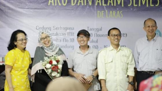 Launching Buku Aku dan Alam Semesta