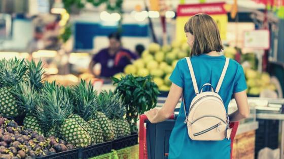 Mau Mengajak Anak Berbelanja? Sekalian Ajari 4 Hal Ini!