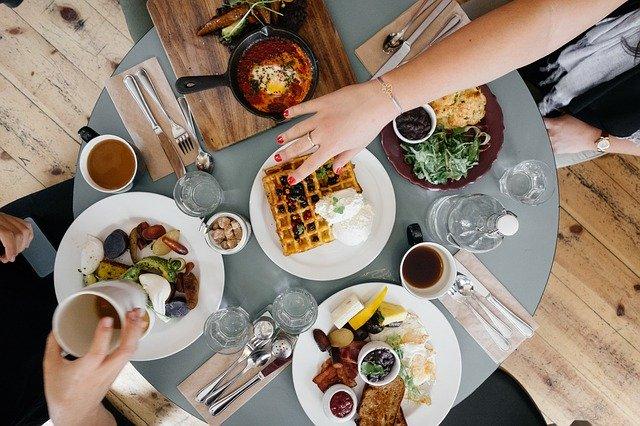 7 Langkah Mudah Mindful Eating agar Sehat, Langsing dan Bahagia