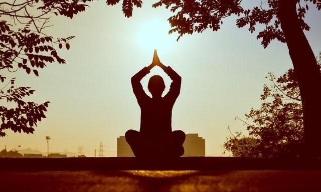 manfaat yoga2