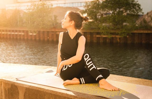 manfaat yoga3