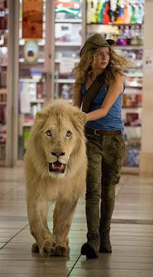Mia and The White Lion: Persahabatan Indah Manusia dan Singa